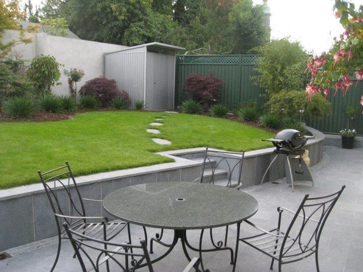116 best images about garden design ideas small rear garden on pinterest - Lay outs garden terrace ...