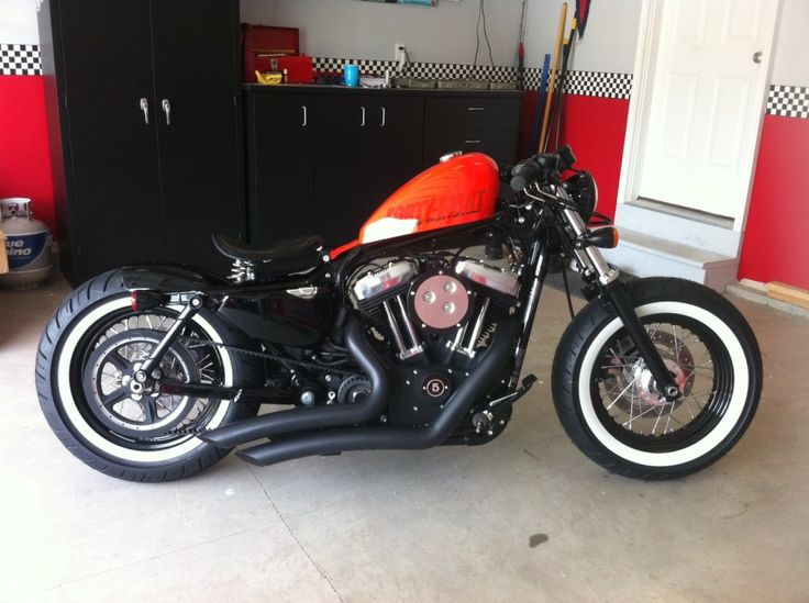 Harley Davidson 48 - pretty much what I'm shooting for but my tank isn't red.