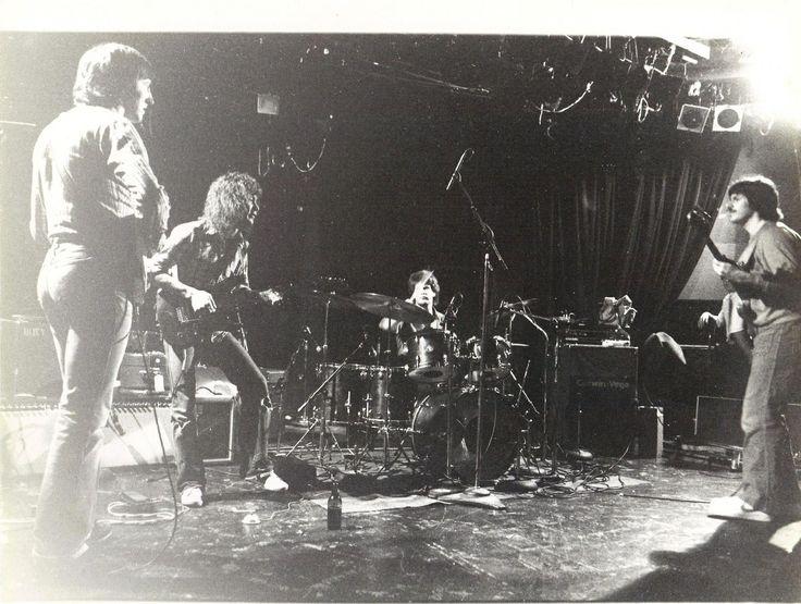 Allan Holdsworth, Eddie Van Halen, Gary Husband and Jeff Berlin at the Roxy doing rehersals back in '82