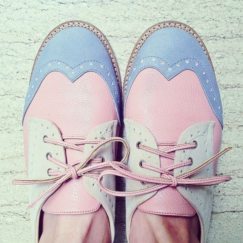 Perfect pastel oxfords!