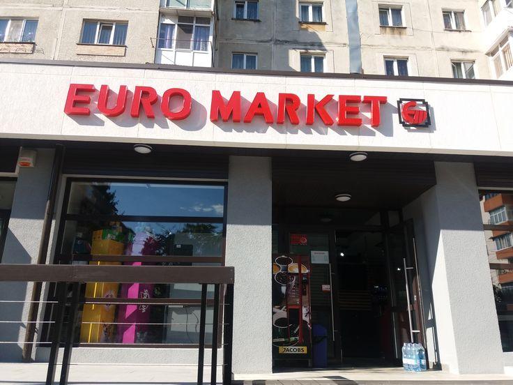 Noul supermarket Euromarket din Ostroveni, Râmnicu Valcea, a ales #software #SmartCash RMS.   Și, pentru că noile schimbări legislative deja bat la ușă, #retail-erul a implementat soluția noastră împreună cu o casă de marcat electronică fiscală (#AMEF) tip EPSON T810, DEJA conformă cu cerințele autorităților privind conectarea la serverele ANAF, în vederea transmiterii de informații în timp real. Click pentru schița completă de dotare a magazinului!  Mult succes și spor la vânzări…