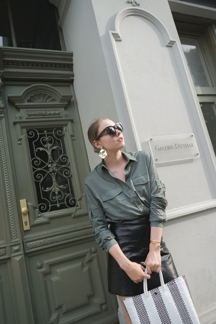 otherstories_Truss_Hermes_1The-Limits-of-Control-Fashion-Fashionblogger-Blogger-Berlin-Deutschland-Modeblog-Modeblogger-Oran_Celine_Sunglasses