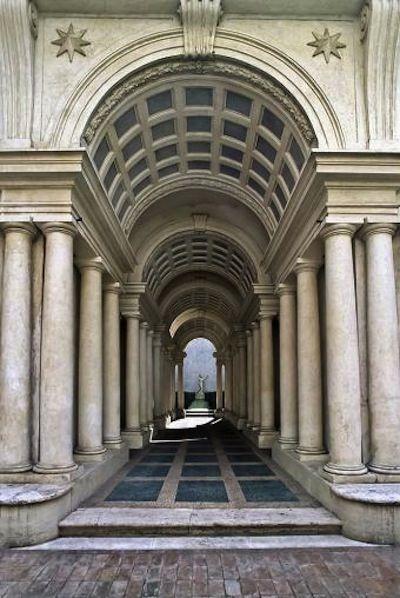 Borromini Palazzo Spada. - Francesco Castelli, llamado Francesco Borromini fue un arquitecto suizo-italiano, considerado uno de los máximos exponentes del barroco romano.