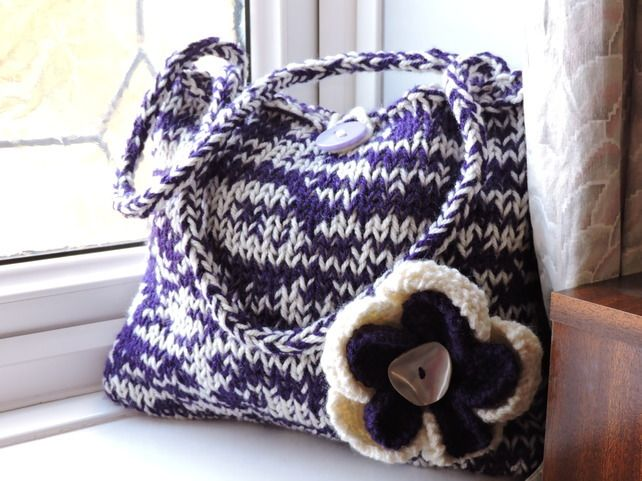Knitted Purple and Cream Tote Hand Bag £9.00