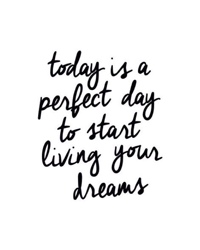 It sure is!  #mondaylove  Xx
