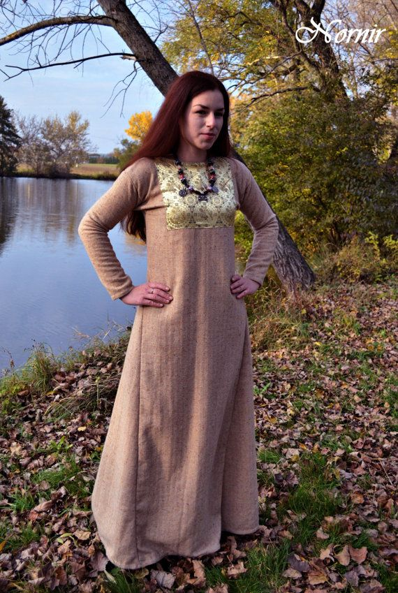 Woolen dress with Oseberg brocade, handsewn with linen and silk. For order.