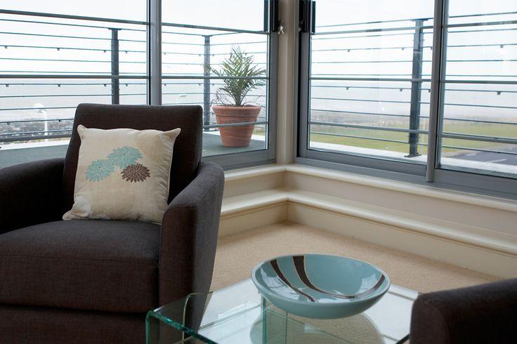 Beach interior | Seaside apartment | Seaside home | Beach home | Contemporary interior | Interior design | Interior stylist