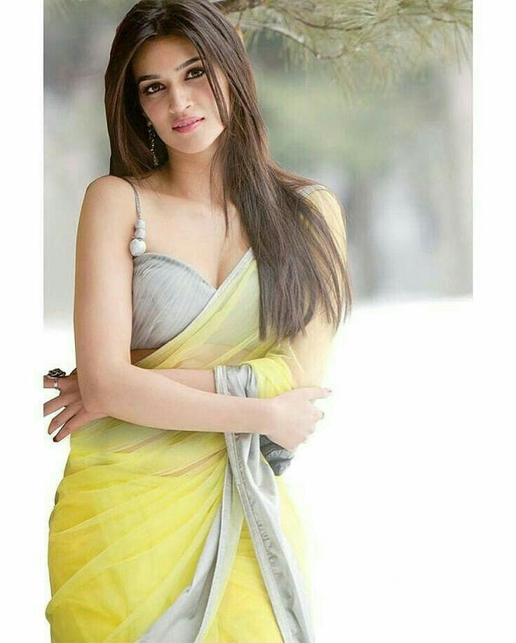 KrirtiSanom#Indian Beauty#BollywoodActress