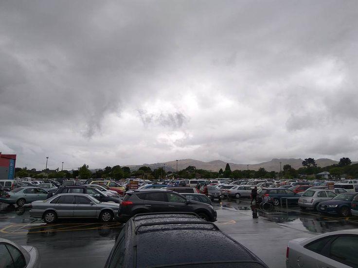 Full parking lot #eastgatemall #christchurch #xmas #nz #shopping