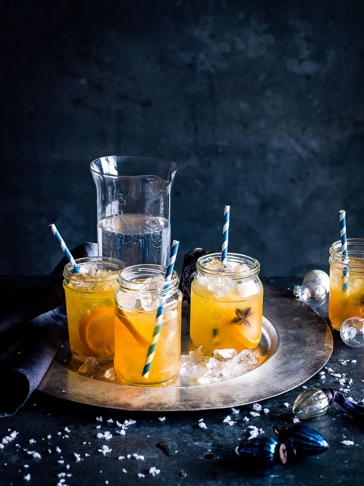 marmalade and mandarin mojito. Marmalade mojitos make a deliciously jammy cocktail, made to look really delicious with mandarin slices and star anise. Try this five minute cocktail recipe for an easy refresher. http://www.olivemagazine.com/recipes/marmalade-and-mandarin-mojito/4486.html