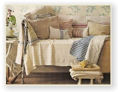 .: French Farmhouse, French Linens, French Country Styles, Decoration Idea, Farmhouse Decoration, Farmhouse Style, Vintage Linens, Country Farmhouse, Country Decoration