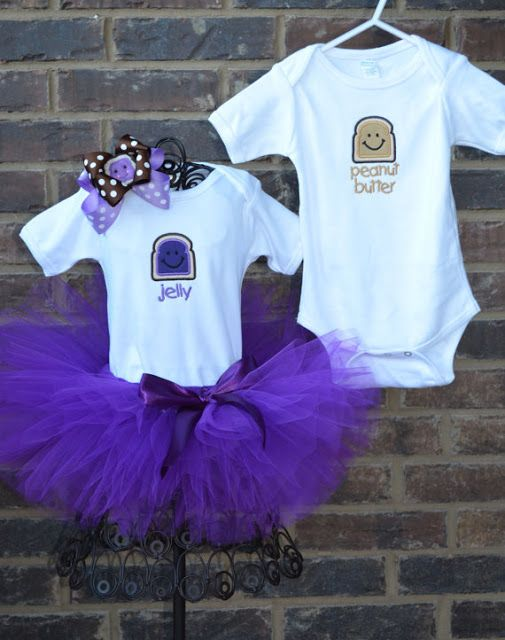 Twins with Tots: Twins   Halloween Costumes For Two! SO CUTE! 2012 Edition