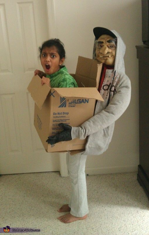 Kidnapped Girl - DIY Illusion Costume