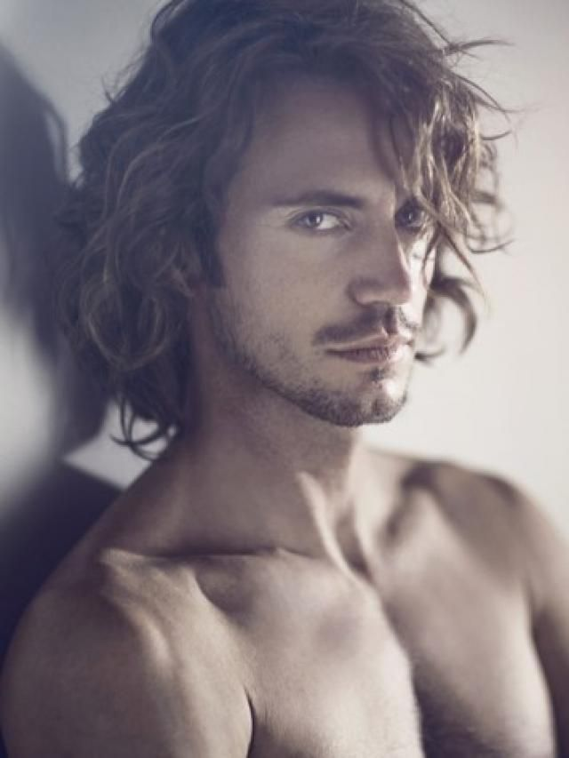 RICCARDO SARDONE how I imagine Christian Grey but with shorter hair!: