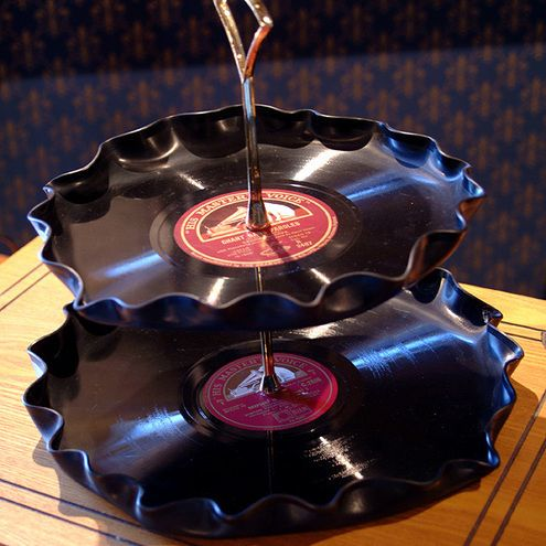 ive seen vinyl bowls and such too... i wanna try this technique, come up with some new party ware!!!