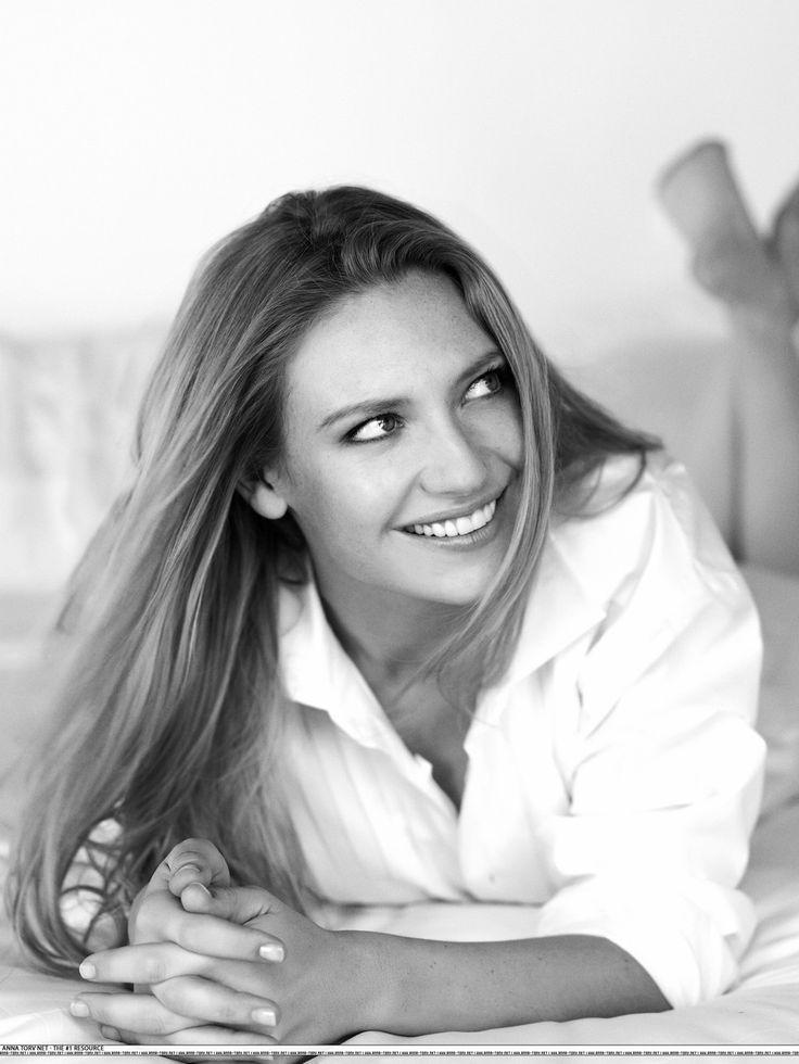 Anna Torv - Fringe
