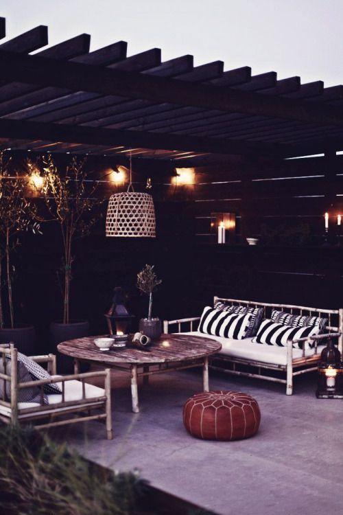 Invite (via outdoor space. | jardin | Pinterest)