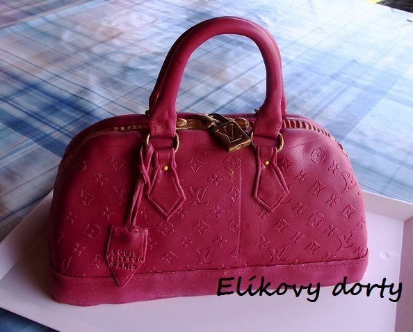 Louis Vuitton handbag cake