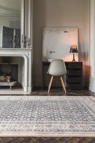 Een Perzisch tapijt van Osta past zowel in een klassiek als modern interieur. Meer hierover op: http://www.tapiroe.be/stijlentapijt.html