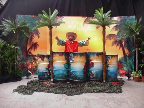 Tropical Party DJ, Decor, Cocktail Bar en Limob danseressen http://www.funenpartymatch.nl/tropicalparty.php