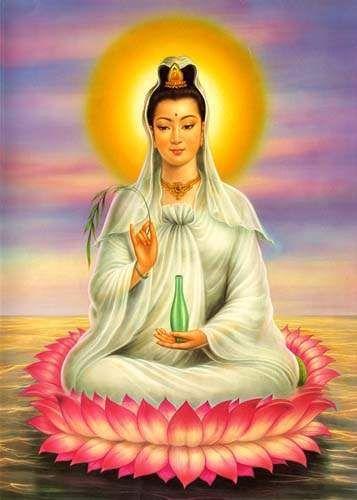 """¿Quién es Kwan Yin? Es una Maestra Ascendida, conocida como la """"Diosa del Amor"""" o """"Diosa de la Misericordia"""" en China, donde tiene su templo llamado """"Templo de la Mise…"""