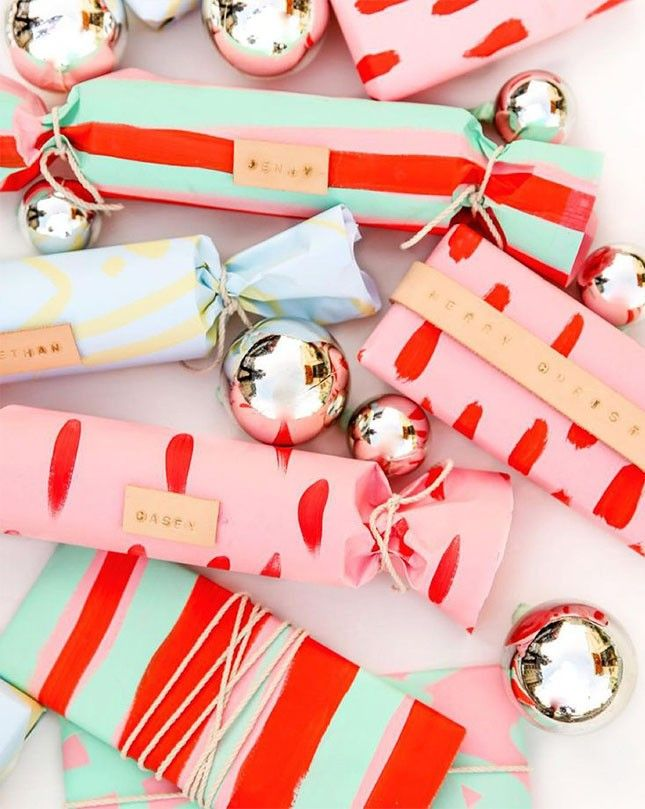 12 Instagrams to Use for Gift Wrapping Inspo This Year