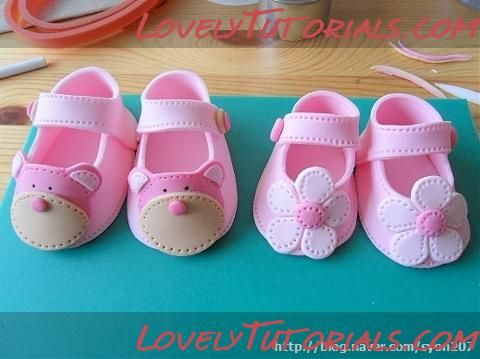 Baby shoes / Booties  by Lovely Tutorials