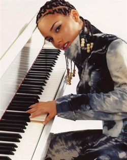 Alicia Keys...love this girl when she plays the piano