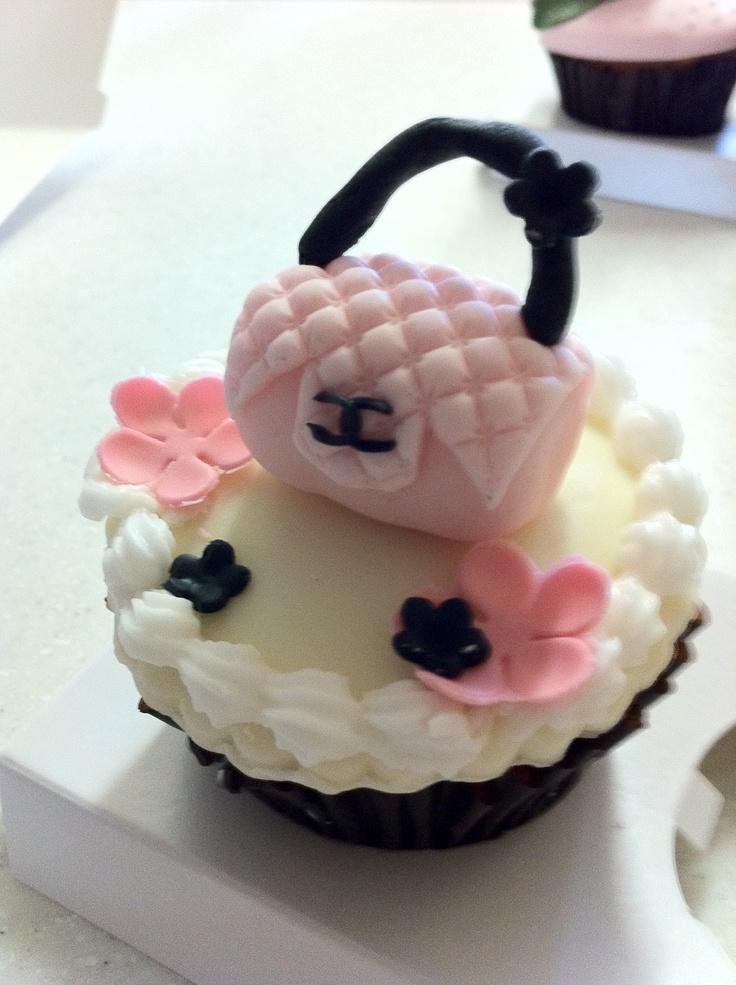 I LOVE CHANEL BAG :) by Jennifer # chanel, chanel bag, chanel cupcake, cupckae