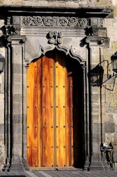 Guadalajara. México. Fantastic woodwork and architecture  in Colonial Spanish design