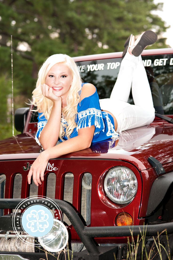 senior girl in jeep | The beautiful and funny Lainie: Raleigh Senior Photography