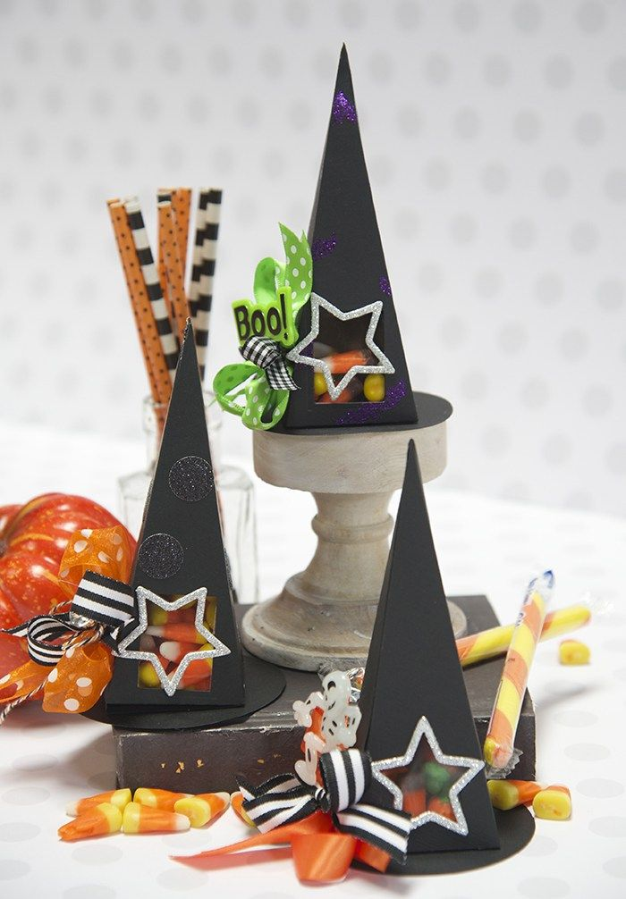 Maker Moments: Hats Off for Halloween - Spellbinders
