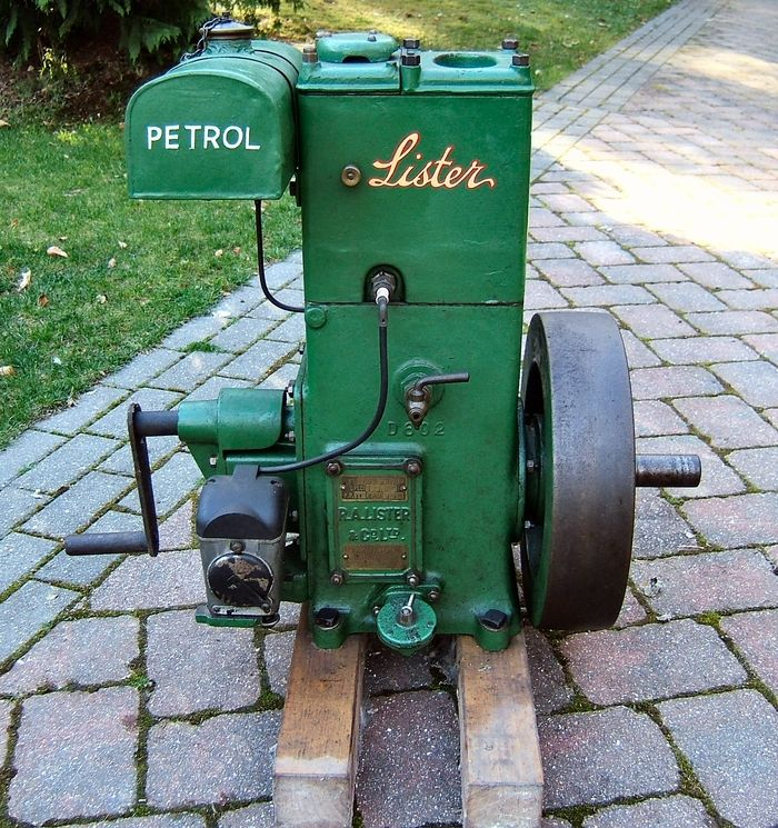 Auction lot 1886 lister d type stationary engine an for Stationary motors for sale