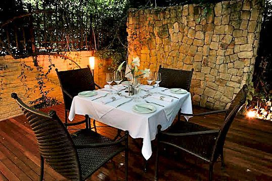 Dining in privacy outdoors at Clico