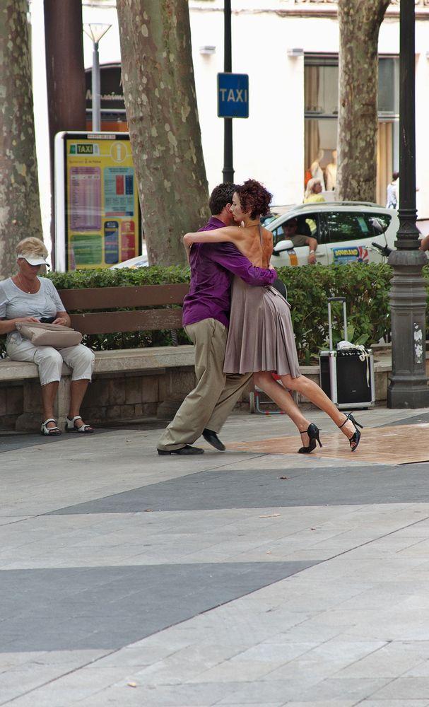 Tango in Palma by Edgar Tossijn
