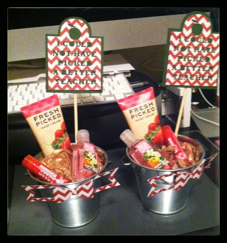 17 best images about teacher gift ideas on pinterest for Idea diy door gift