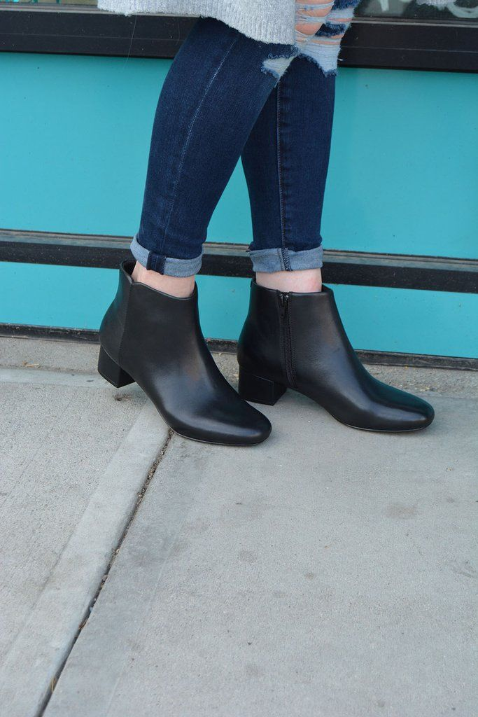 Clarks Chartli Lilac | {Women's Shoes} | Black leather boots