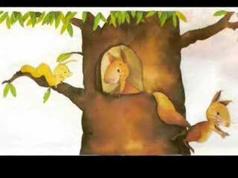 LA CASITA DEL CARACOL cuenta la historia de un gusano en busca de casa.  ¿La encontrará?