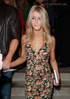 how to style my hair like julianne hough julianne hough hair color highlights and cut i this 5435