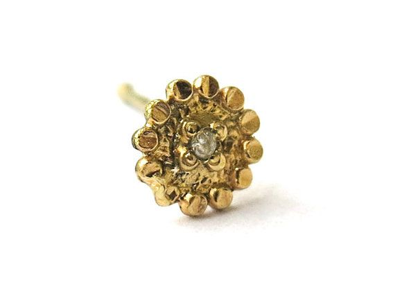 Handmade Sunflower nose stud\ natural white diamond 0.5 points\ 14k yellow gold\ indian nose stud\ 0.6 mm\ 22 gauge\ bridal nose ring This stud remainding me the shape of a sunflower, therefore its name. The stud itself is very thin- 0.6 mm, made of 14k gold, set with precious natural