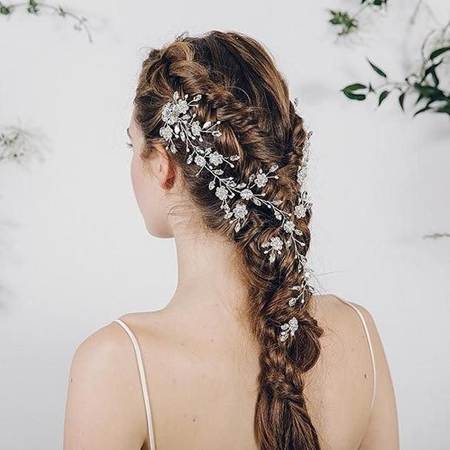 Always such a treat to be mentioned by lovemydress x  #Repost @lovemydress ・・・ A gorgeous hair vine by @debbiecarlisle_ - one of my favourite wedding suppliers ever #plaits #hairvine  Hair+makeup @jennedwardsartistry, photography @indiahobso