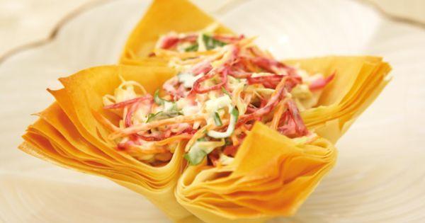 Aprenda a preparar a receita de Cestinhas com salpicão de vegetais