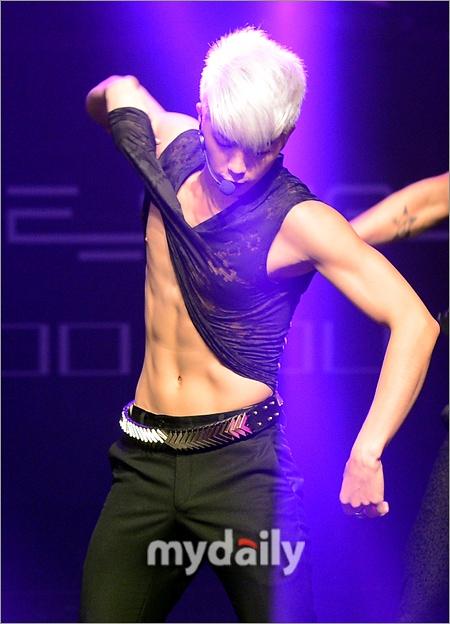 Jang Wooyoung (장우영) of 2PM.