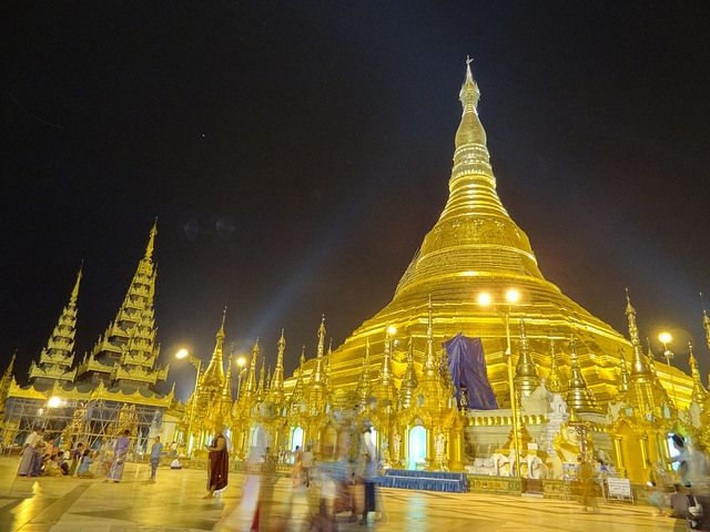 Shwedagon Pagoda | Atlas Obscura