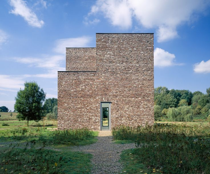 PAGINA OFICIAL DEL MUSEO [ ©Tomas Riehle/Arturimages ] Erwin Heerich | Torre | Museo Insel Hombroich | Neuss; Alemania | 1987-1989