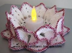 Hooks And Laces: Crochet candle holders