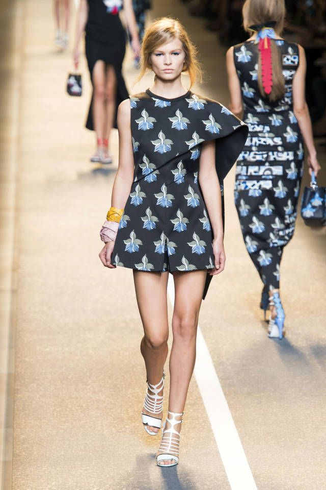 Fendi Spring 2015. See the best runway looks from Milan Fashion Week.