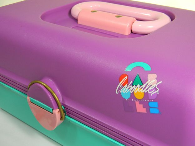 Caboodles!  A better way to organize your prized possessions: | 38 Things You Will Never Experience Again But where are the Trapper Keepers?