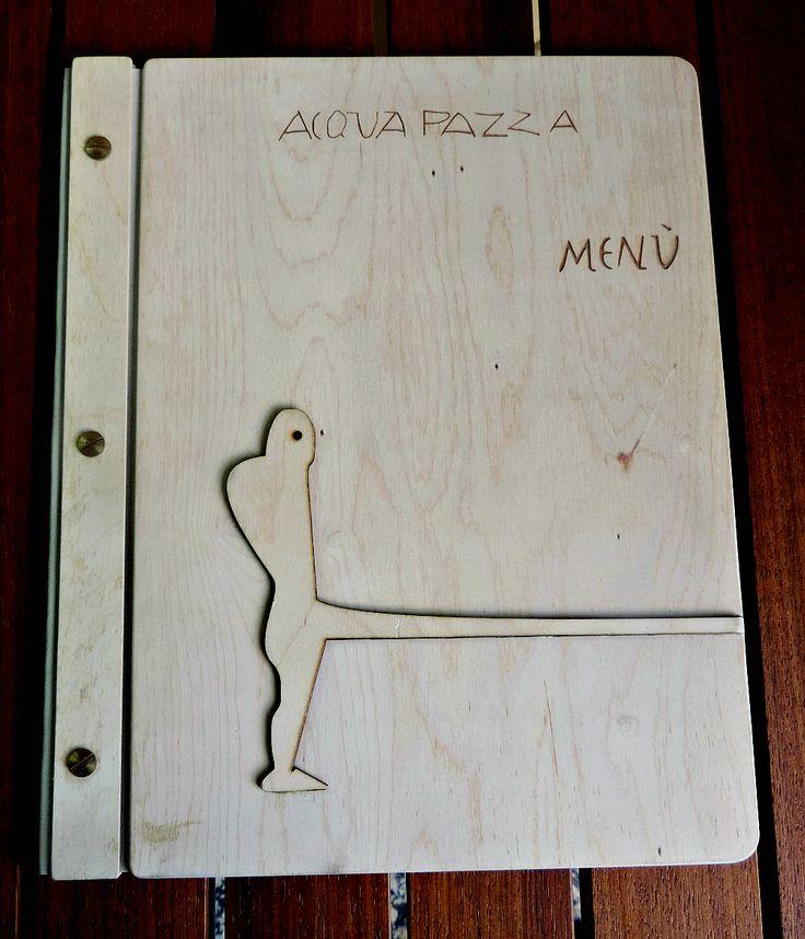 Portamenu standard in legno di betulla. Personalizzabili su richiesta del cliente. Formato A4 31x25 cm Formato super A4 32x57 cm