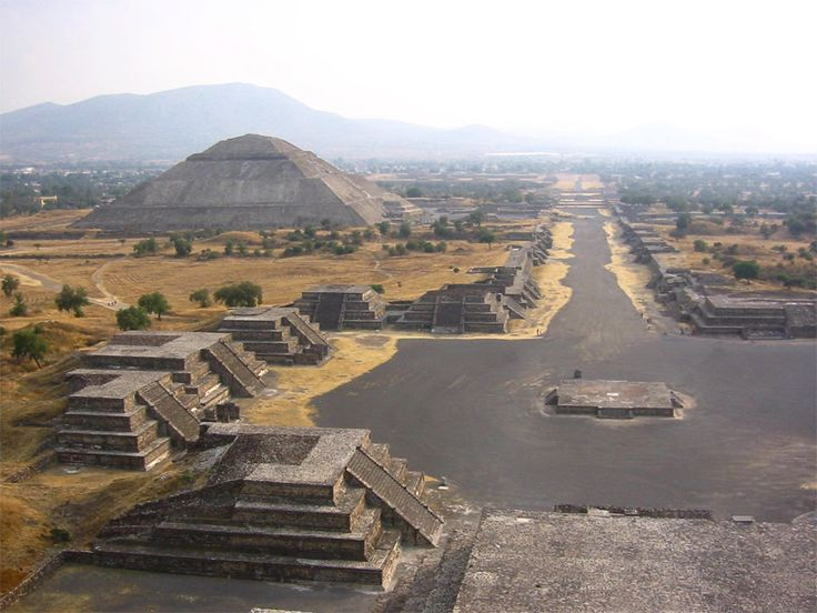 http://www.culturaltravelguide.com/how-to-plan-your-trip Teotihuacán, Mexico is a place full of mistique and history. Here with a great view of the Calzada de los Muertos and Pirámide de la Luna. #Teotihuacan  #Mexico #travel_planner
